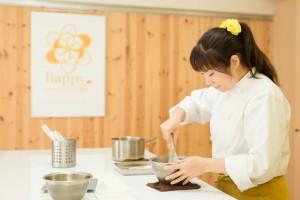 計りのいらないお菓子教室 happy sweets studio 代表・パティシエール有希乃